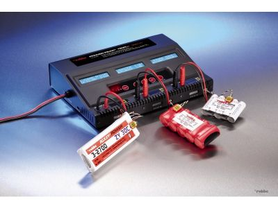 Robbe Ladegerät Power Peak Triple 360W EQ BID 8562 bei Trade4me RC-Modellbau kaufen