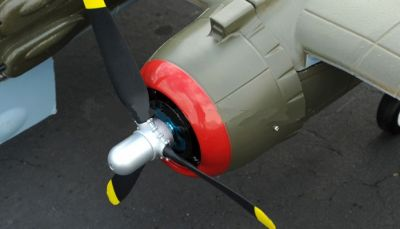 FMS B-25 Mitchell North American grün PNP 1470mm FMS025P-GRN bei Trade4me RC-Modellbau kaufen