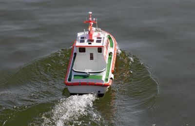 Graupner Seenotrettungsboot 2139.V2 bei Trade4me RC-Modellbau kaufen
