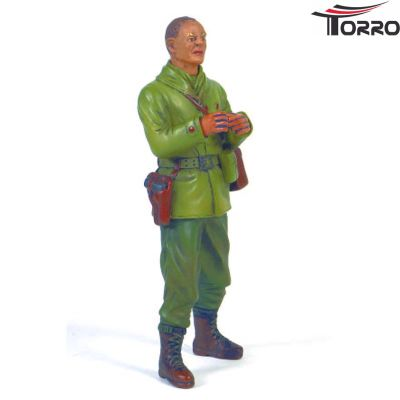 Torro Captain Commander A. Ross standing 1/16 Figure 222331006 bei Trade4me RC-Modellbau kaufen